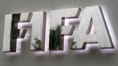"""""""فيفا"""" يمدد عمل اللجنة الثلاثية المكلفة بإدارة """"الاتحاد المصري"""""""
